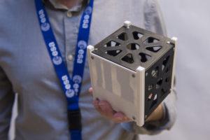 Des chercheurs effectuent des tests de simulation sur leur CubeSat imprimé en 3D avant la mission LEO