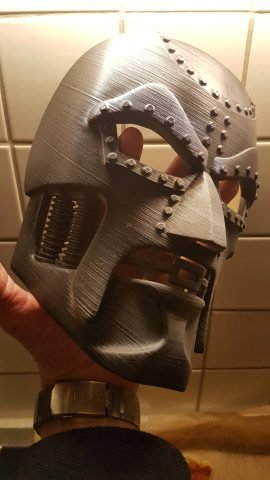 Masque Docteur Doom Imprimé 3D
