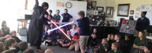 Les élèves réalisent des projets d'impression 3D et d'électronique sur le thème de Star Wars
