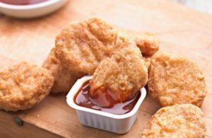 Nouveau plan de KFC pour les pépites de poulet comestibles imprimées en 3D