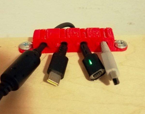 Guide du câble de bureau #3DPrinting #3Djeudi