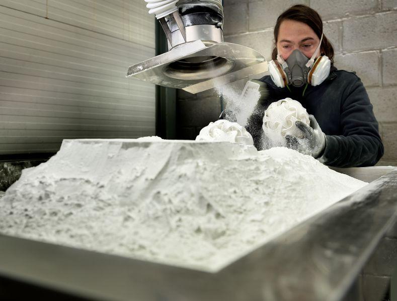 Bluesint : Materialise maintenant capable de recycler 100% de la poudre de frittage pour l'impression 3D de SLS