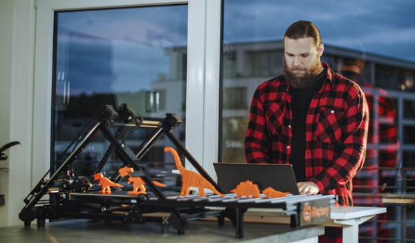 3D Printing News Briefs : 20 décembre 2020 : iFactory3D, Farsoon, DMC & Produmax, EOS