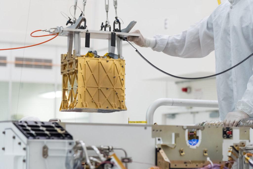 Le MOXIE de la NASA avec des pièces imprimées en 3D produit de l'oxygène sur Mars